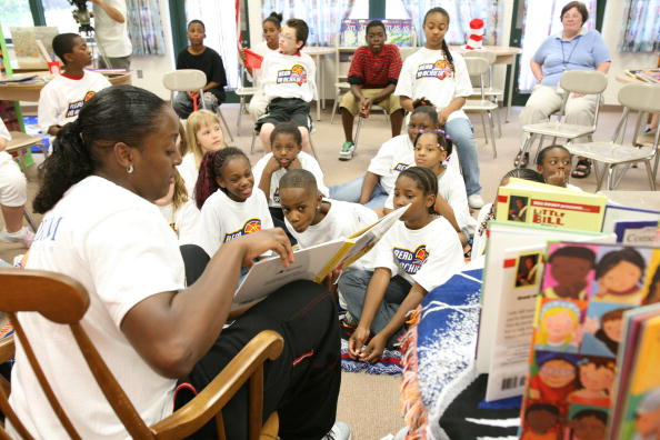 Indiana Fever Participate In Read To Achieve Program