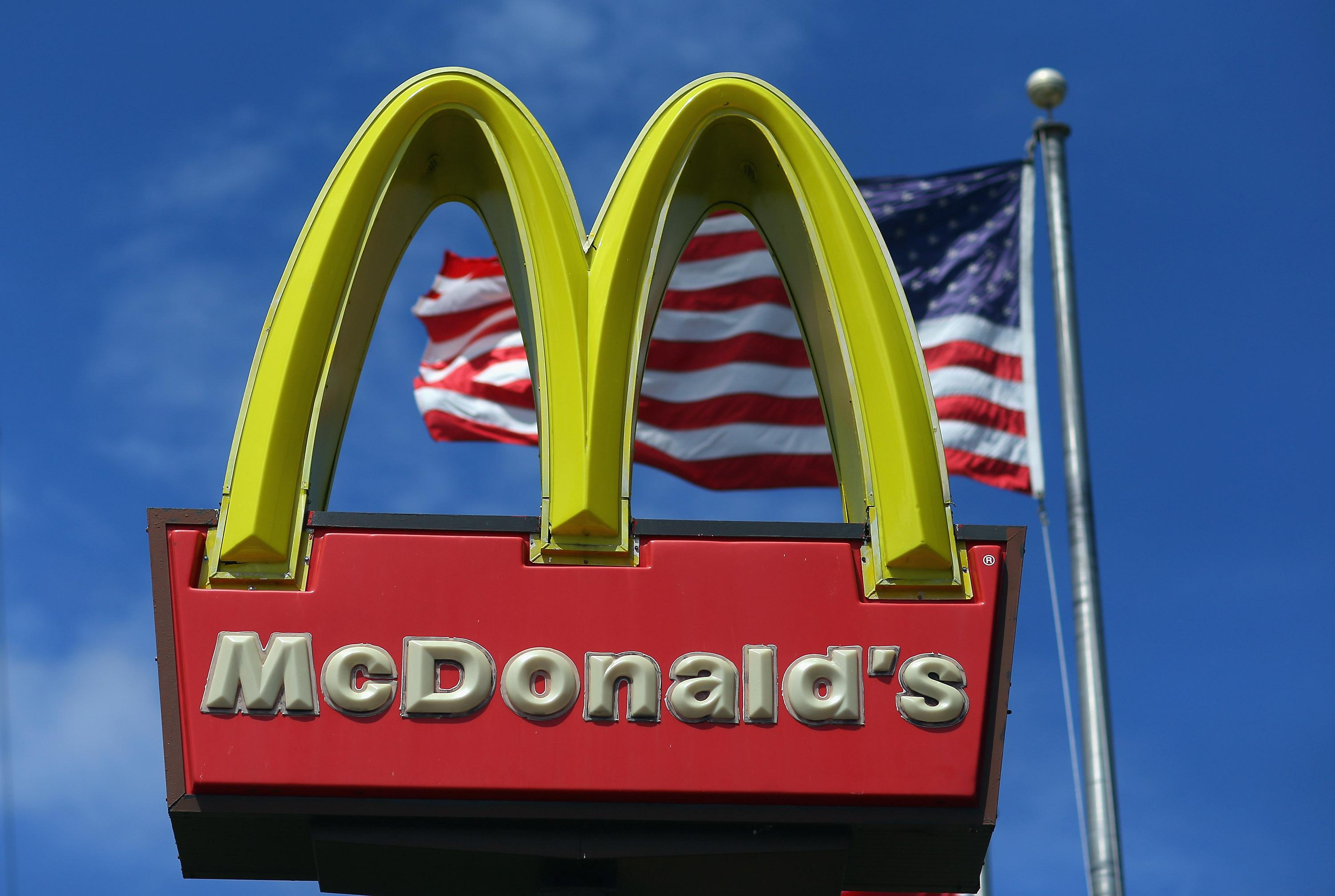 McDonalds Q2 Profit Drops 4.5 Percent On Stronger Dollar, Tougher Competition