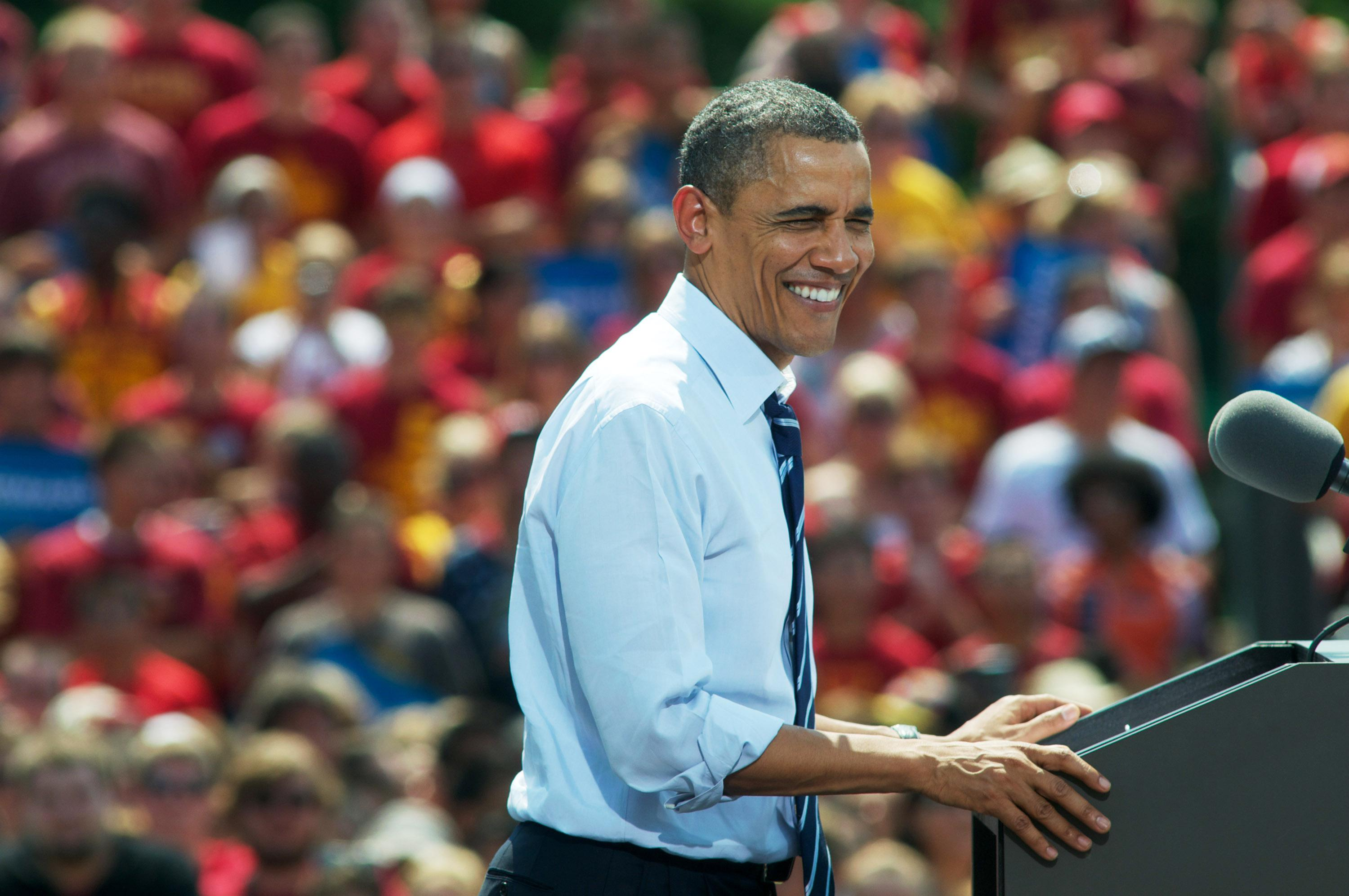 Obama Rallies Young Voters At Iowa State University