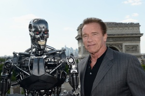 PARIS, FRANCE - JUNE 19:  Actor Arnold Schwarzenegger poses with Endoskeleton during the France Photocall of 'Terminator Genisys' at the Publicis Champs Elysees on June 19, 2015 in Paris, France.  (Photo by Dominique Charriau/Getty Images for Paramount Pictures)