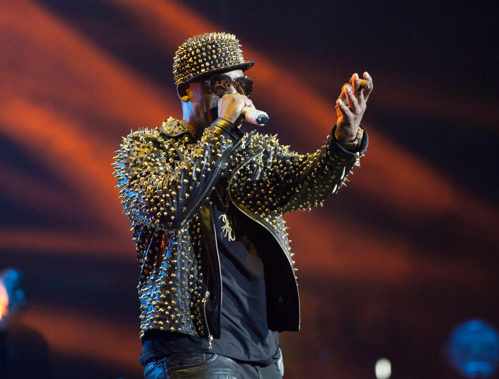The BET Experience At L.A. LIVE: R. Kelly, New Edition And The Jacksons