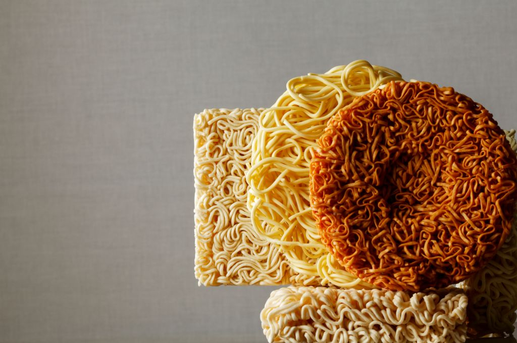 Comparison of instant noodles